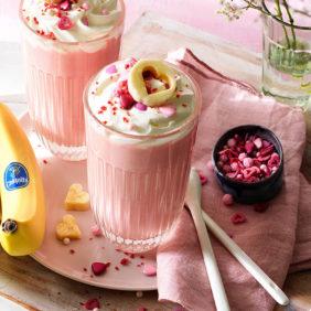 Pinke heiße Valentinstag-Schokolade mit Chiquita Banane| Chiquita Rezepte