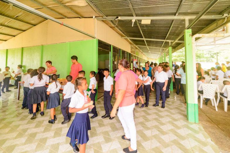 Chiquita schenkt dem Bildungsministerium von Costa Rica Land für den Bau von Schulen - 8