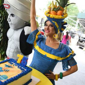 Herzlichen Glückwunsch zum Geburtstag, Miss Chiquita!