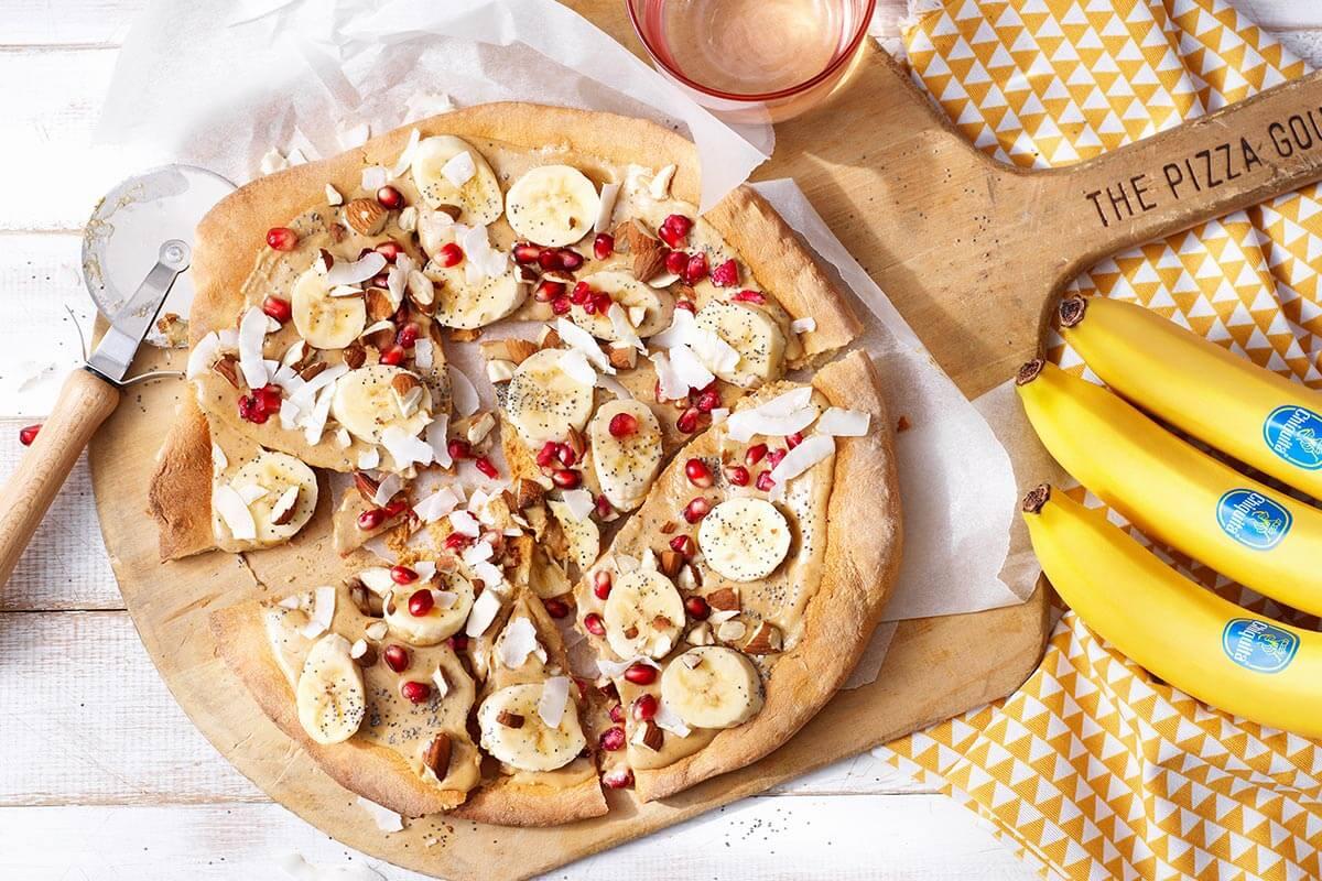 Süße Bananen-Granatapfel-Pizza