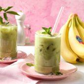 Iced-Chai-Latte mit Chiquita Bananen