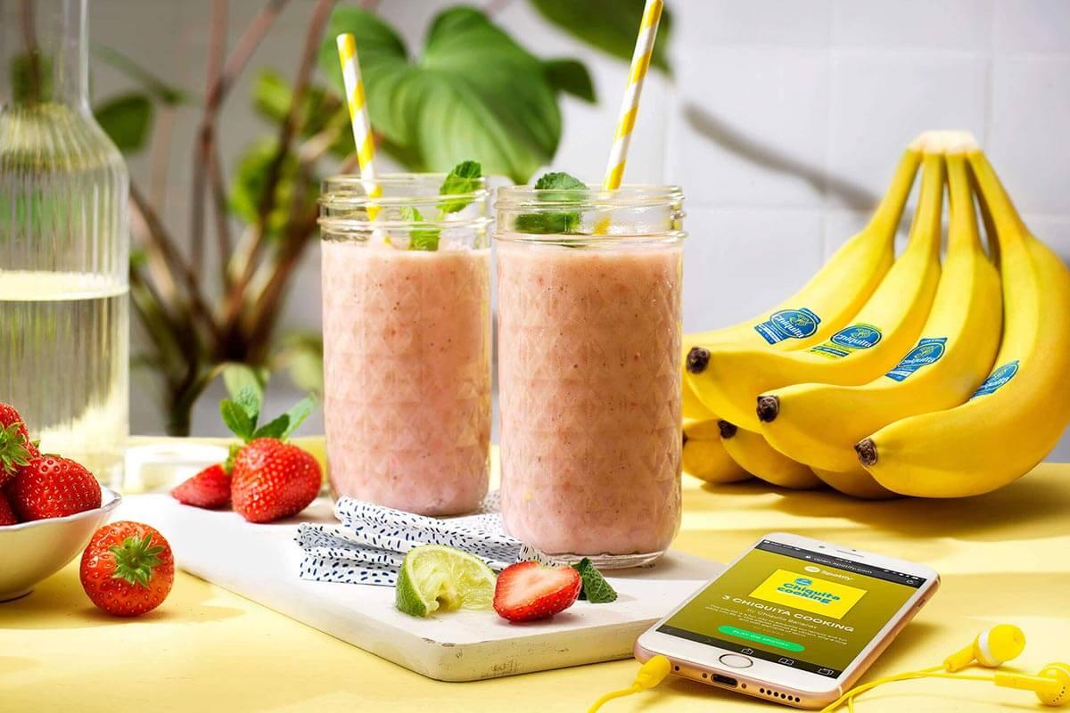 Smoothie mit Chiquita Banane und Erdbeeren