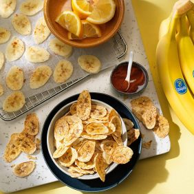 Gesunde Chiquita Bananenchips aus dem Ofen