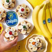 Retro-Schokoladencreme-Törtchen mit Chiquita Bananen