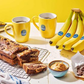 Schokoladen-Chiquita-Bananenbrot mit Erdnussbutter